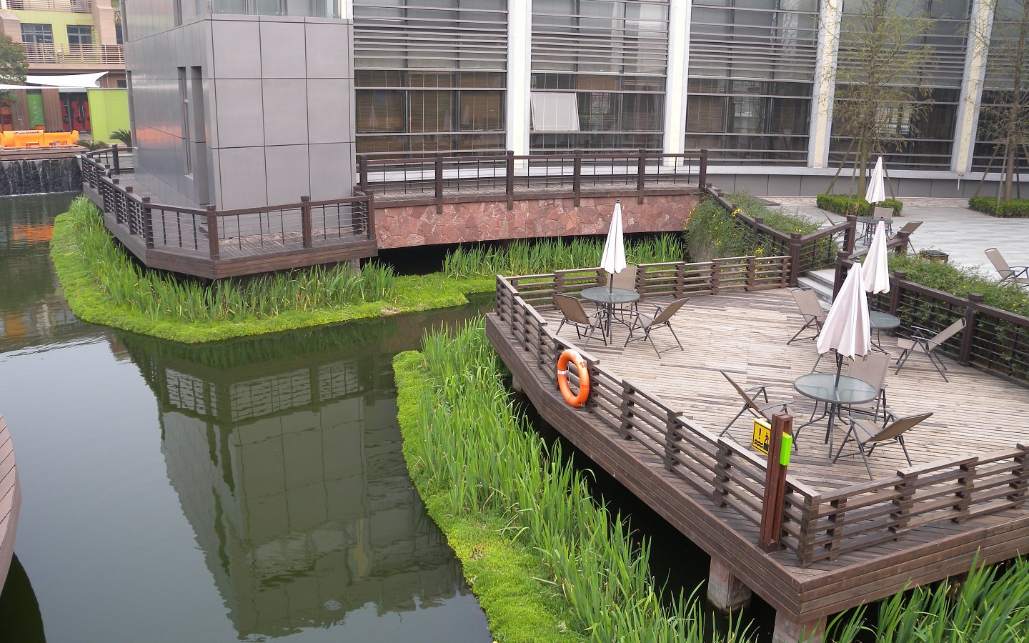 Beautification & Water Remediation in urban canals, Shanghai